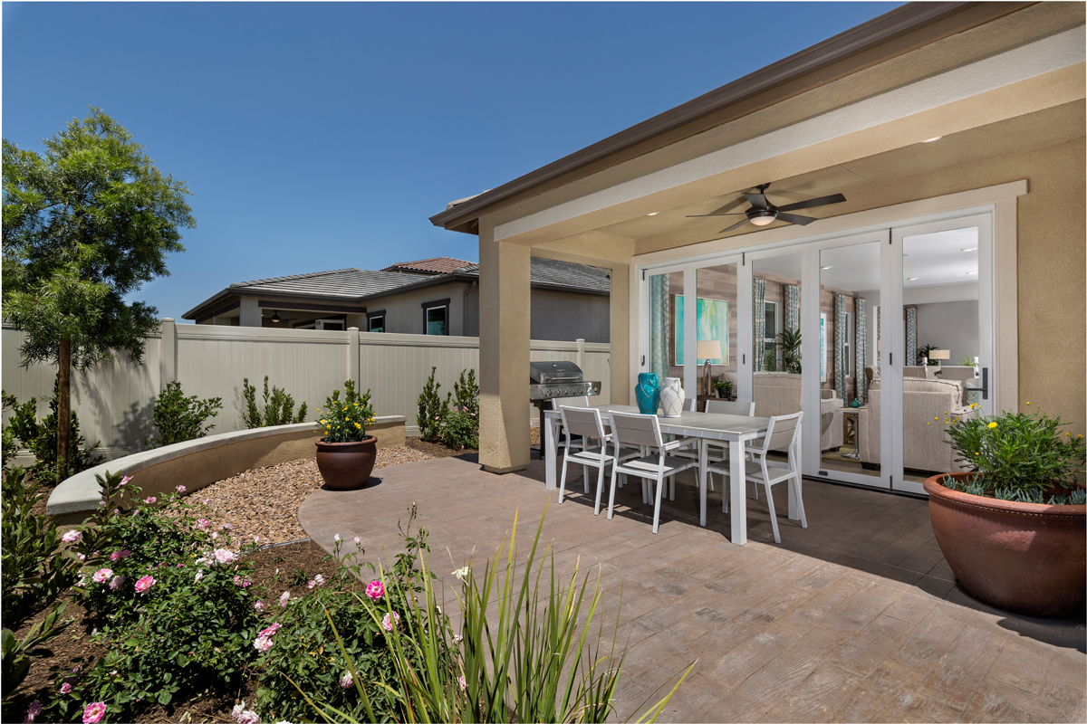New Homes in Murrieta, CA - Santolina at Spencer's Crossing Residence 2358 Patio