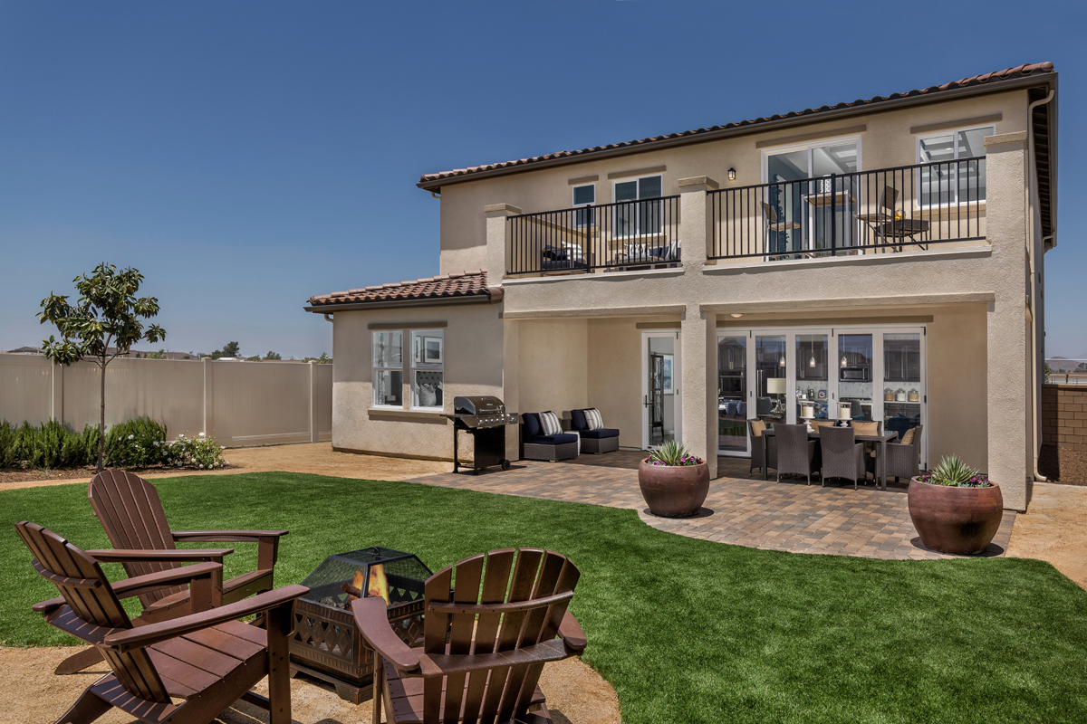 New Homes in Murrieta, CA - Santolina at Spencer's Crossing Residence 3368 Patio