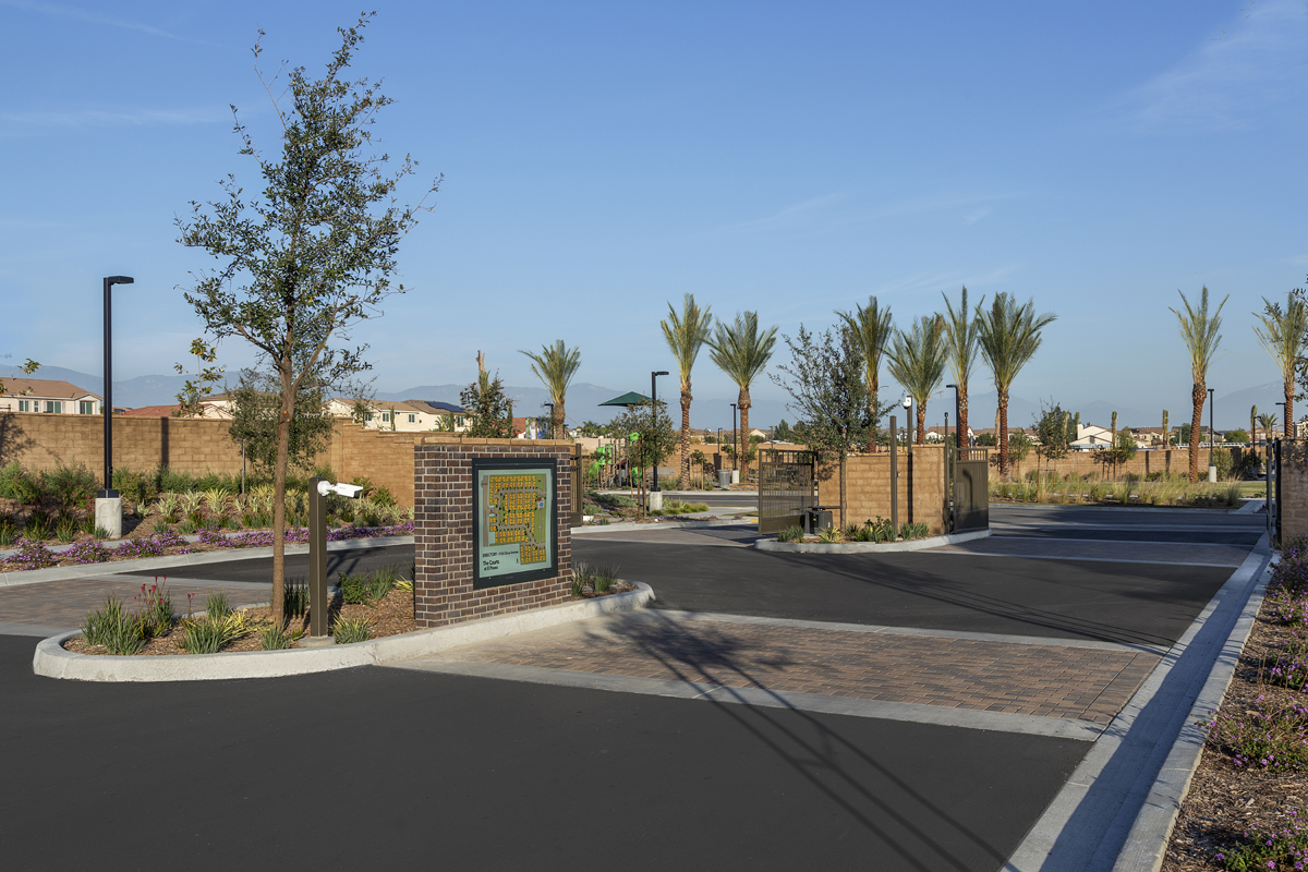 New Homes in North Fontana, CA - The Courts at El Paseo Gated Entry