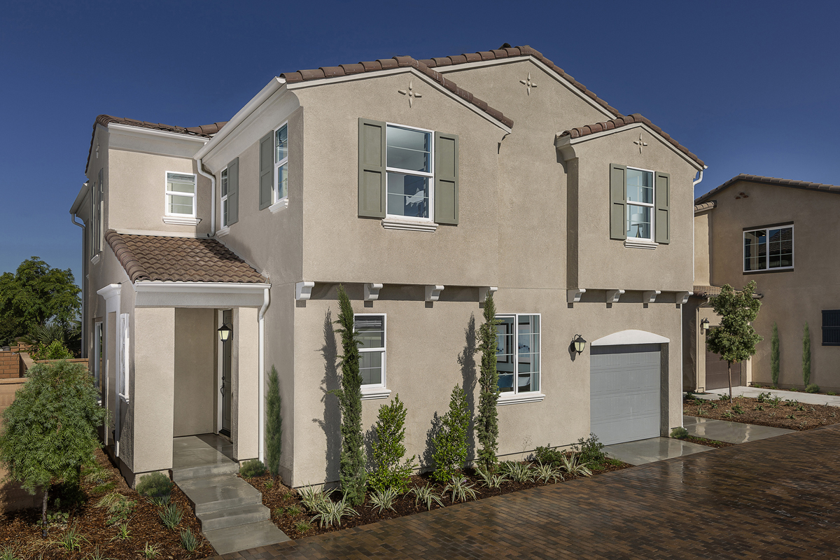 New Homes in North Fontana, CA - The Courts at El Paseo Residence Three