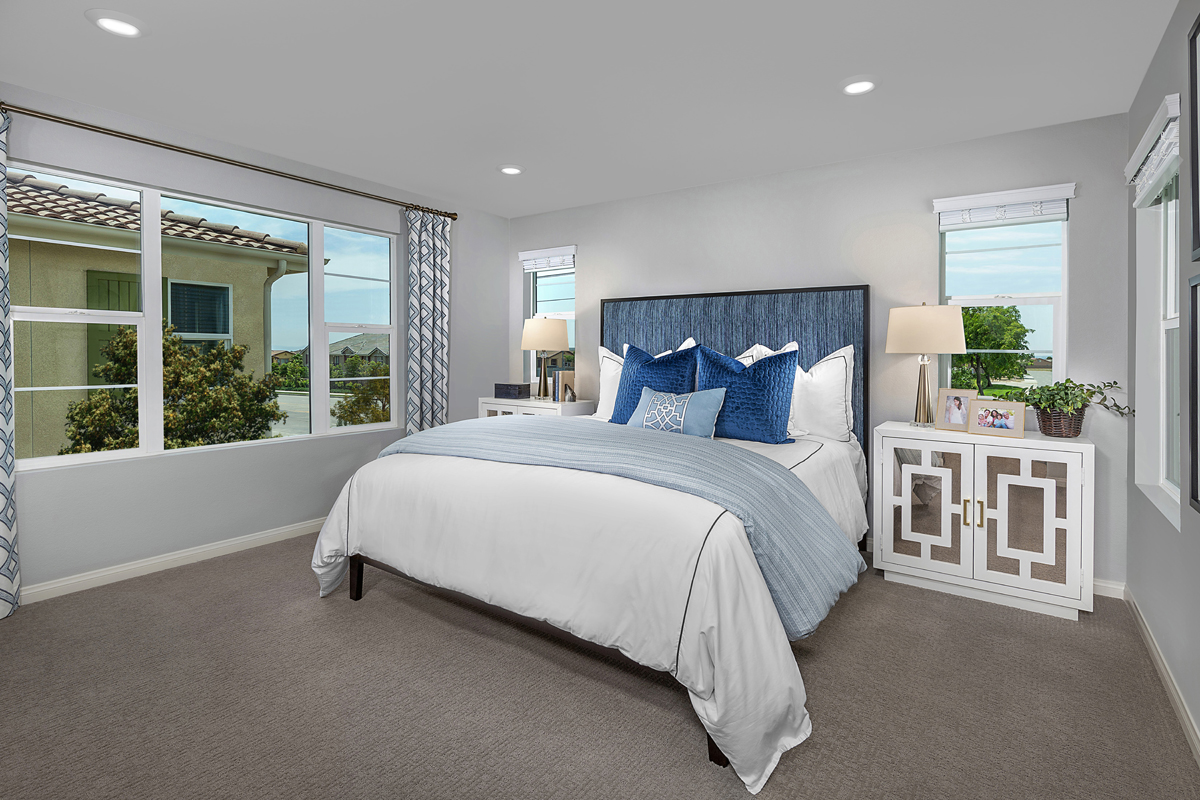 New Homes in North Fontana, CA - The Courts at El Paseo Residence Three - Master Bedroom