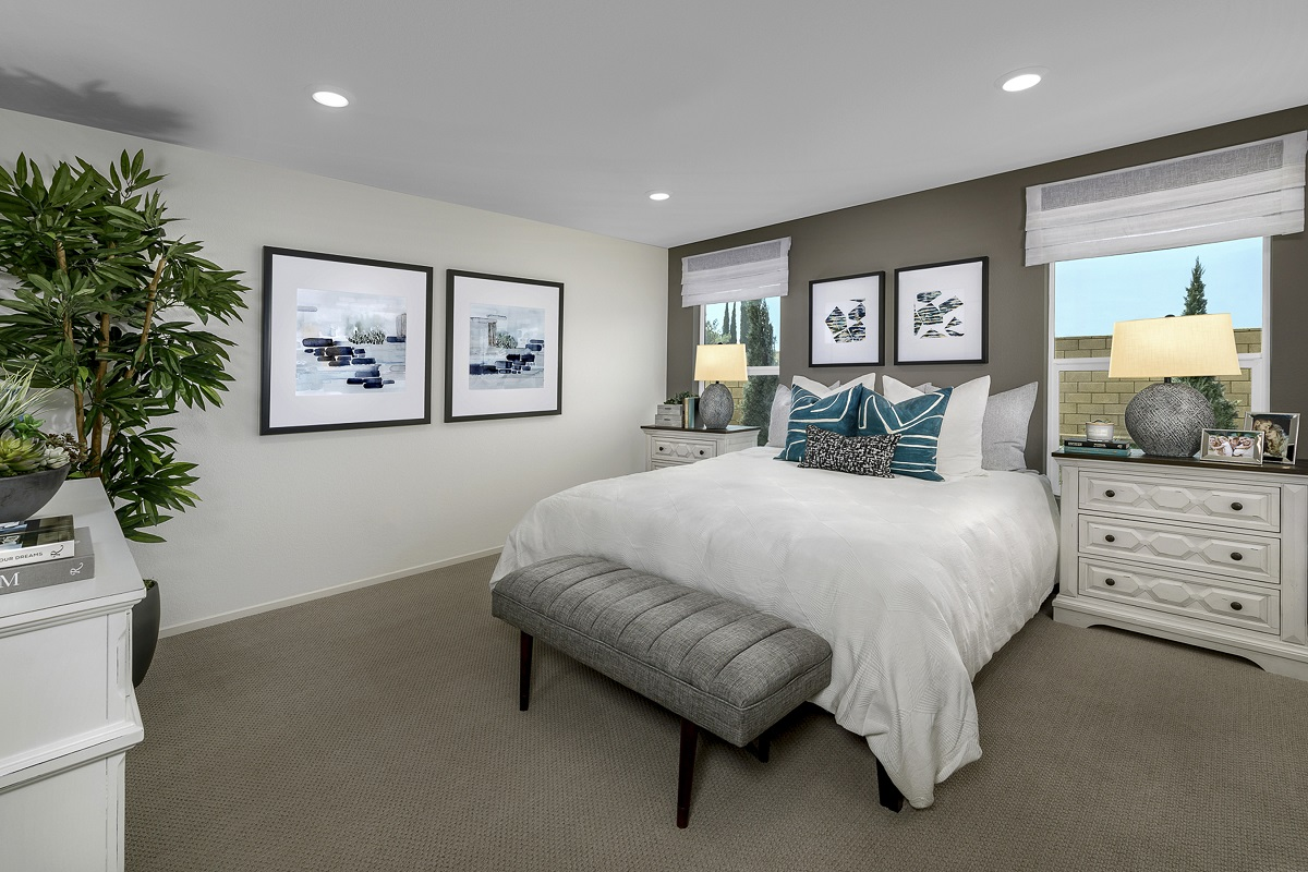 New Homes in Victorville, CA - Whispering Creek Plan 1779 - Master Bedroom