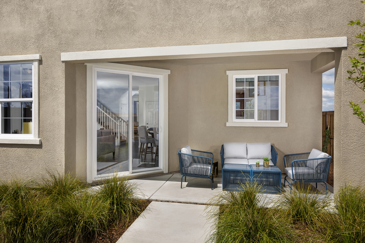 New Homes in Roseville, CA - Cadence at WestPark Plan 2487 Patio