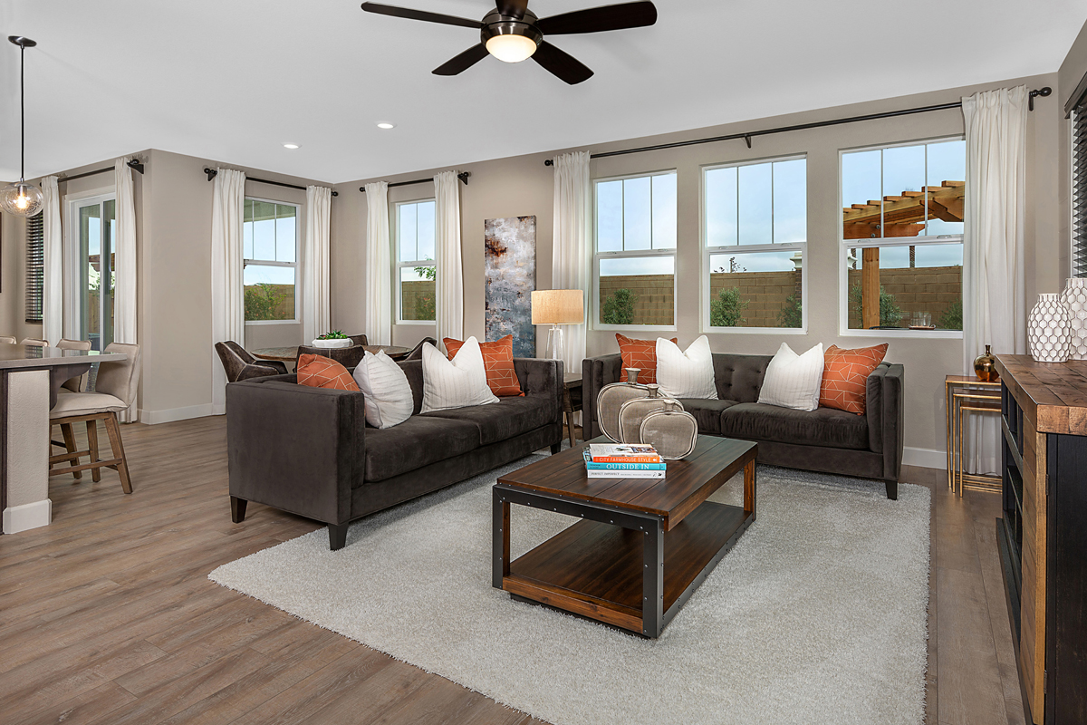 New Homes in Roseville, CA - Cadence at WestPark Plan 2620 Great Room