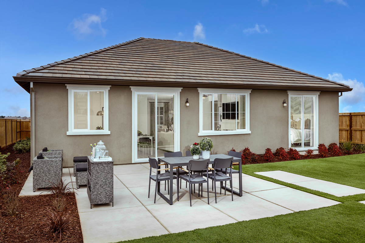 New Homes in Hughson, CA - Fieldstone Plan 1996 Patio