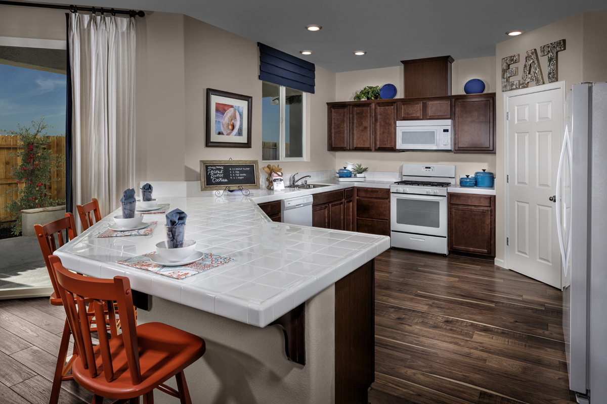New Homes in Sacramento, CA - Montauk at The Hamptons Plan 3 - Kitchen