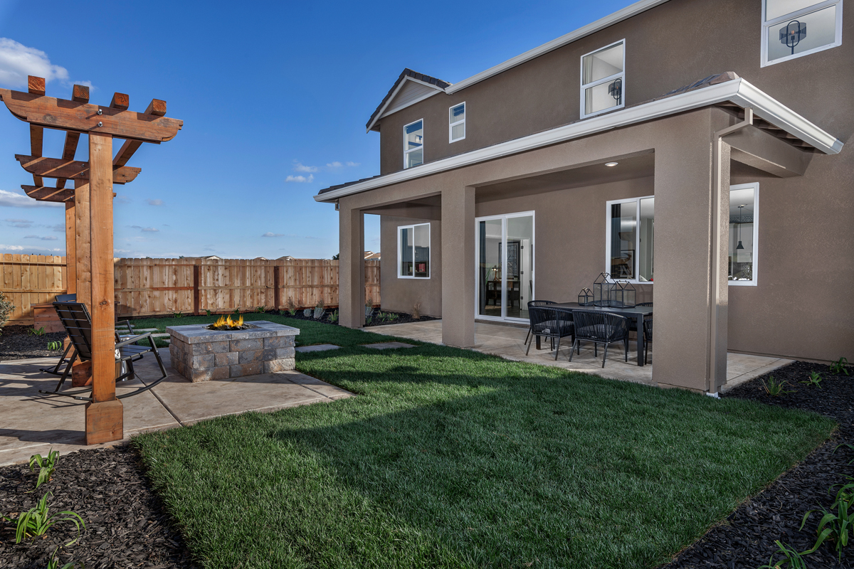 KB model home patio in Stockton, CA