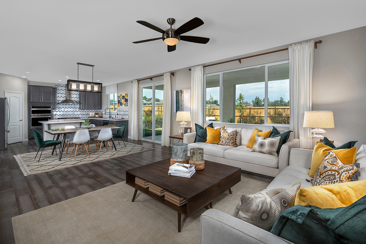 New Homes in Rocklin, CA - Oak Vista Plan 2376 Great Room