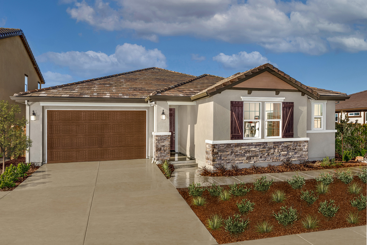 New Homes in Lathrop, CA - Plan 2293 Modeled