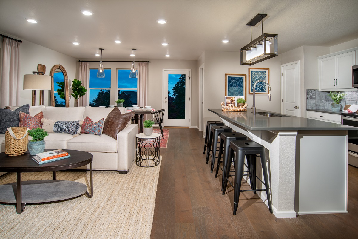 New Homes in Firestone, CO - Barefoot Lakes Plan 1382 - Great Room