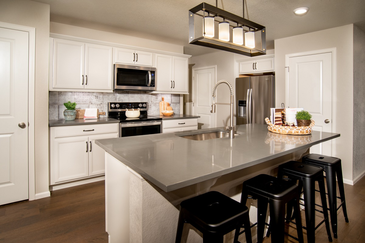 New Homes in Firestone, CO - Barefoot Lakes Plan 1382 - Kitchen