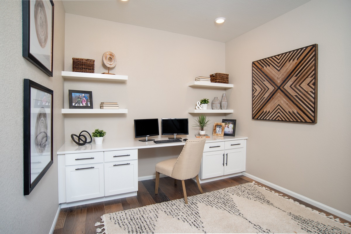 New Homes in Aurora, CO - Copperleaf Plan 1942 - Home Office