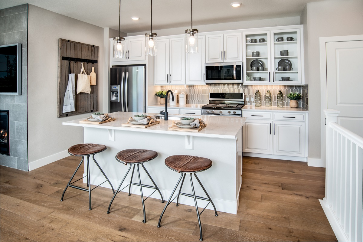 New Homes in Erie, CO - Flatiron Meadows Villas Plan 1671 Kitchen
