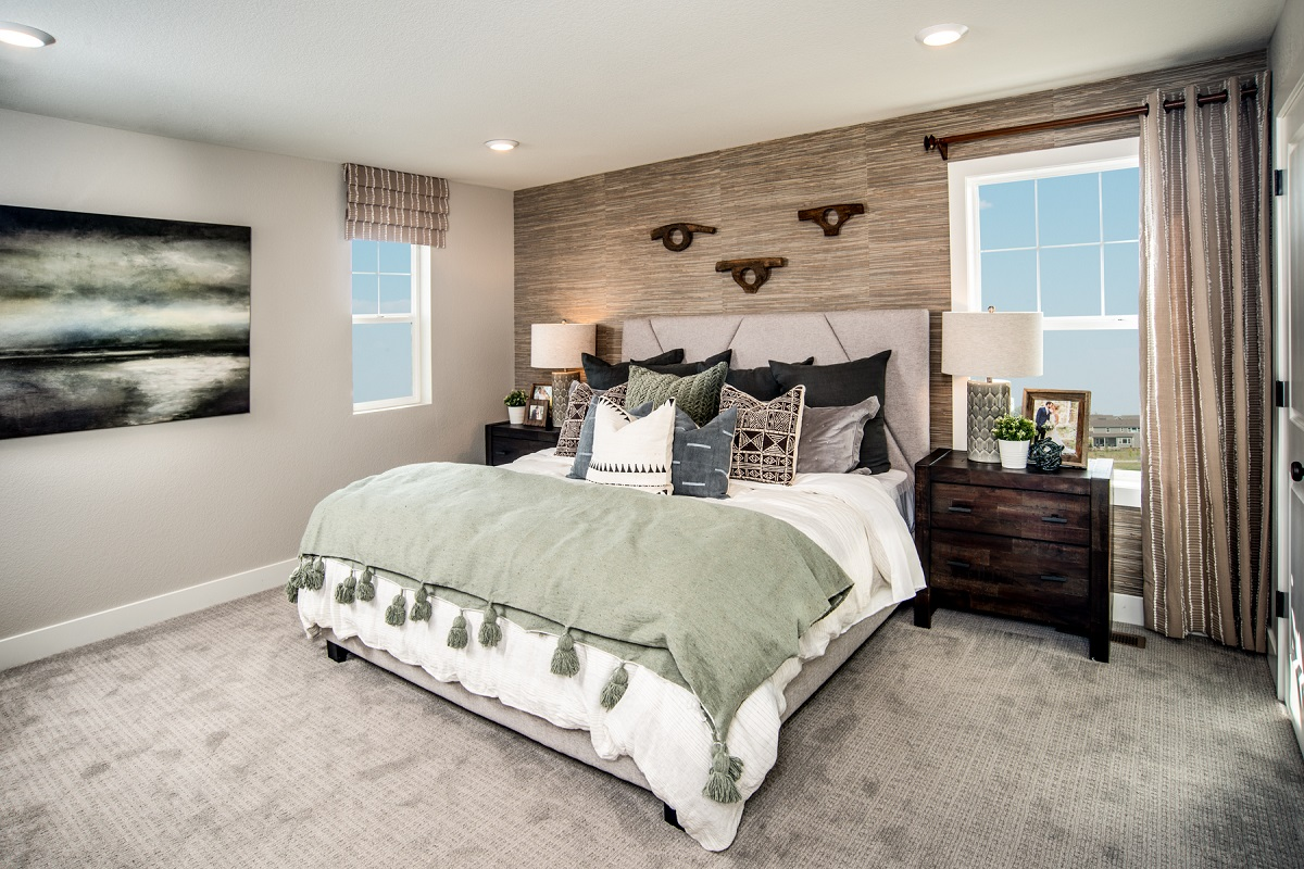 New Homes in Erie, CO - Flatiron Meadows Villas Plan 1671 Master Bedroom