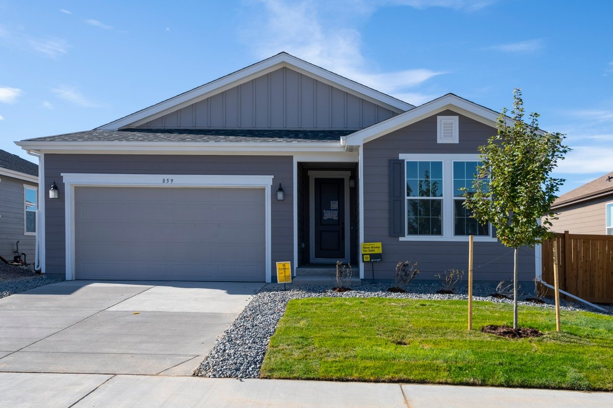 New Homes in Aurora, CO - Sky Ranch Homesite 07/13