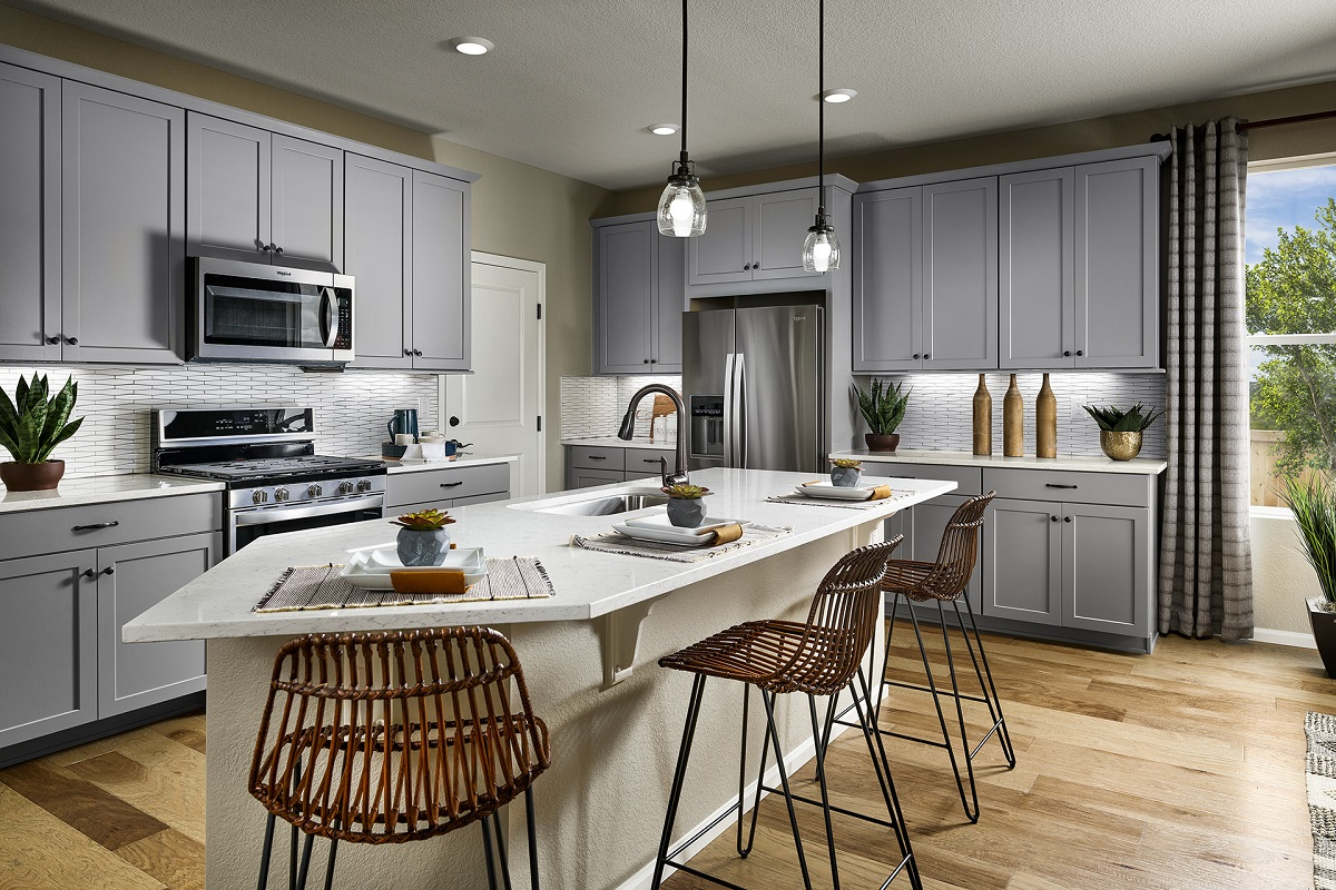 New Homes in Aurora, CO - Sky Ranch Plan 2502 Modeled Kitchen