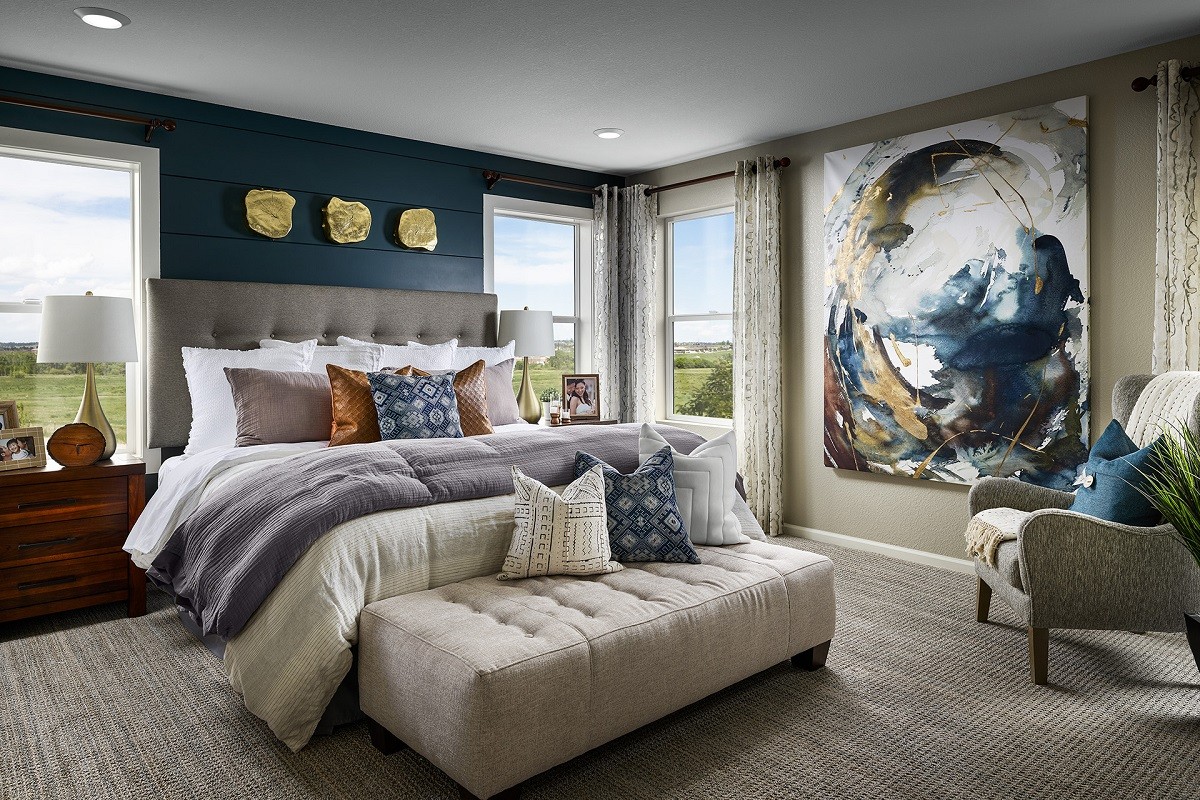 New Homes in Aurora, CO - Sky Ranch Plan 2502 Modeled Master Bedroom