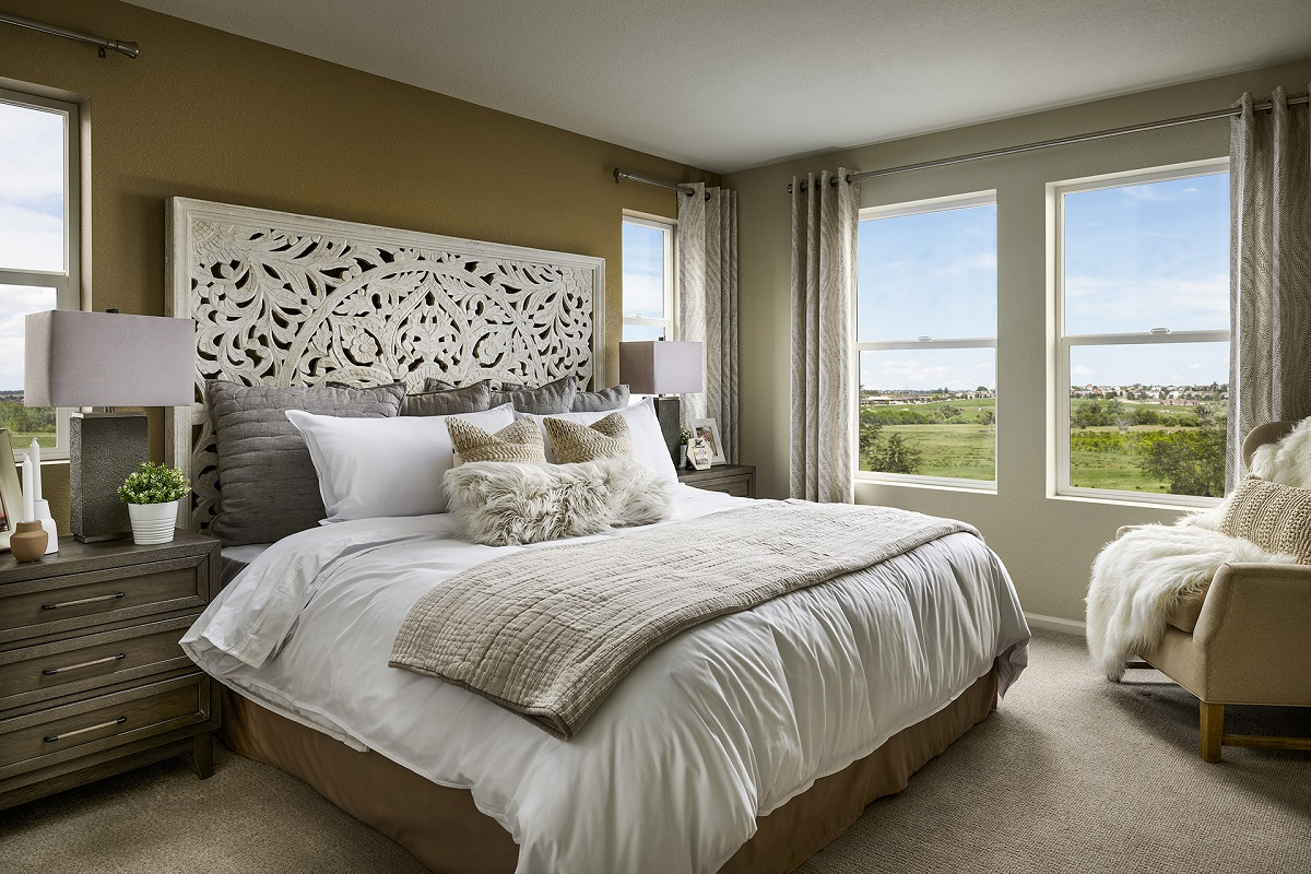 New Homes in Aurora, CO - Sky Ranch Plan 1624 Modeled Master Bedroom