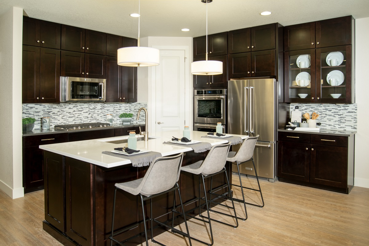 New Homes in Dacono, CO - Sweetgrass Hawthorn Gourmet Kitchen