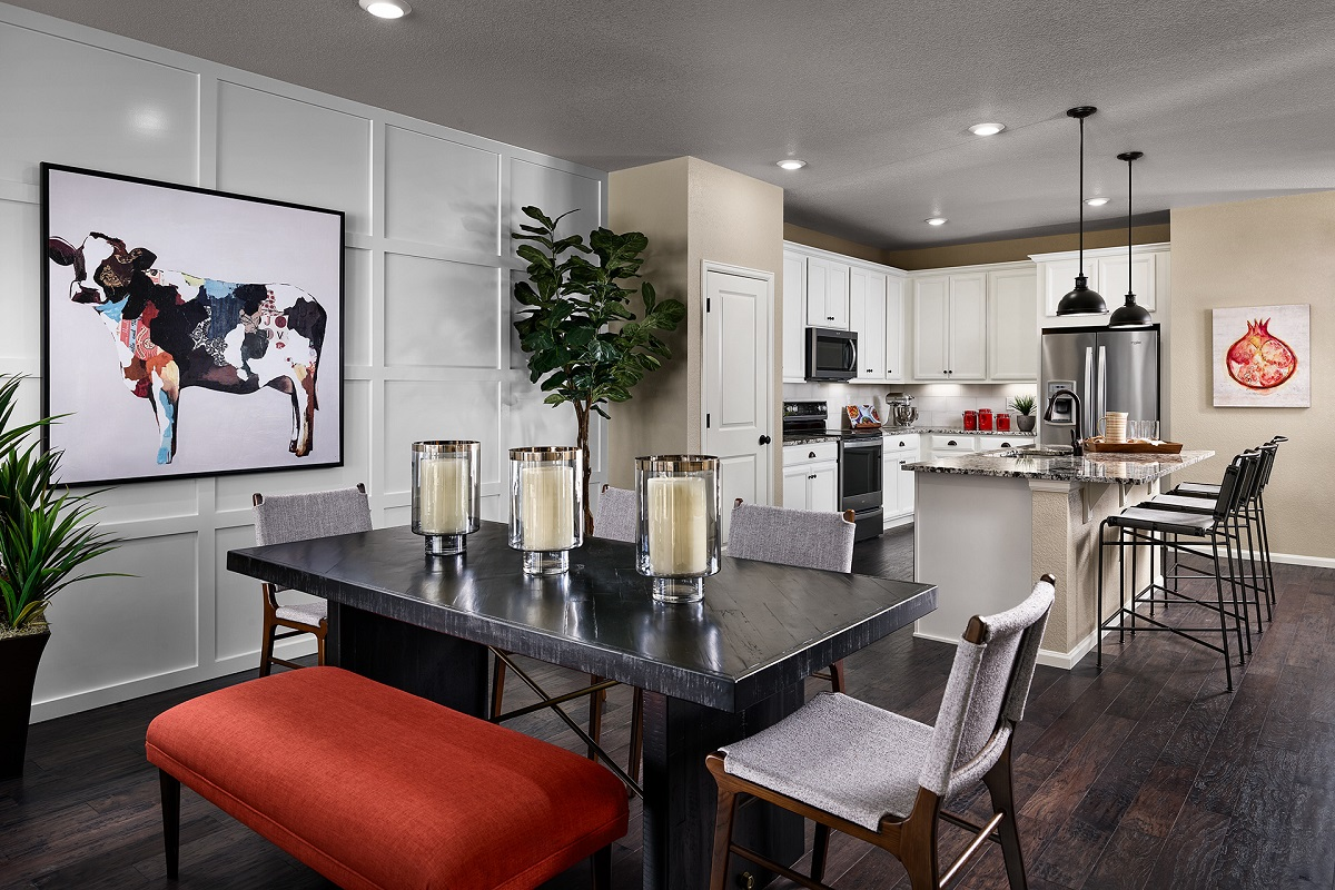 New Homes in Castle Rock, CO - Terrain - Ranch Villa Collection Mural Dining & Kitchen