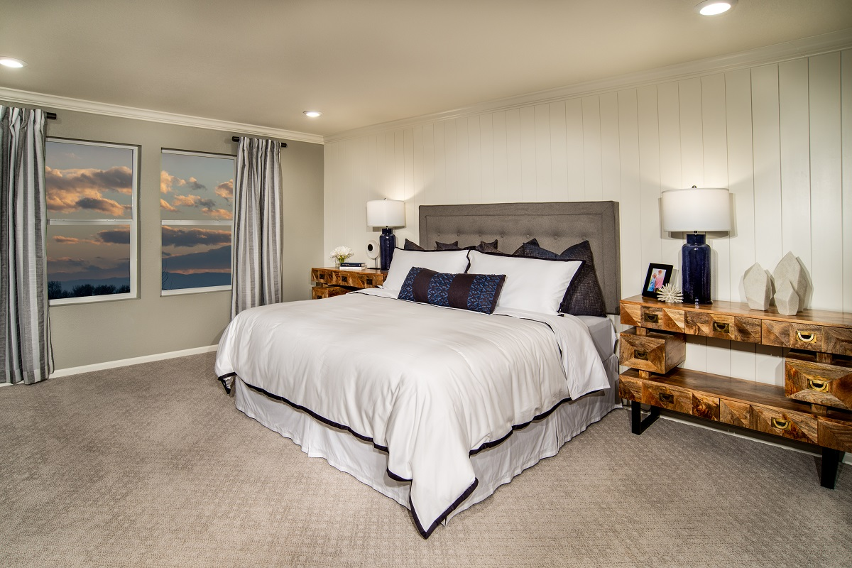 New Homes in Brighton, CO - The Villages at Prairie Center Plan 2583 Modeled Master Bedroom