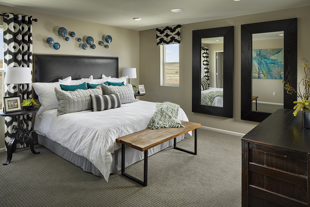 New Homes in Castle Rock, CO - Meadows Villas Plan 1682 Modeled Master Bedroom
