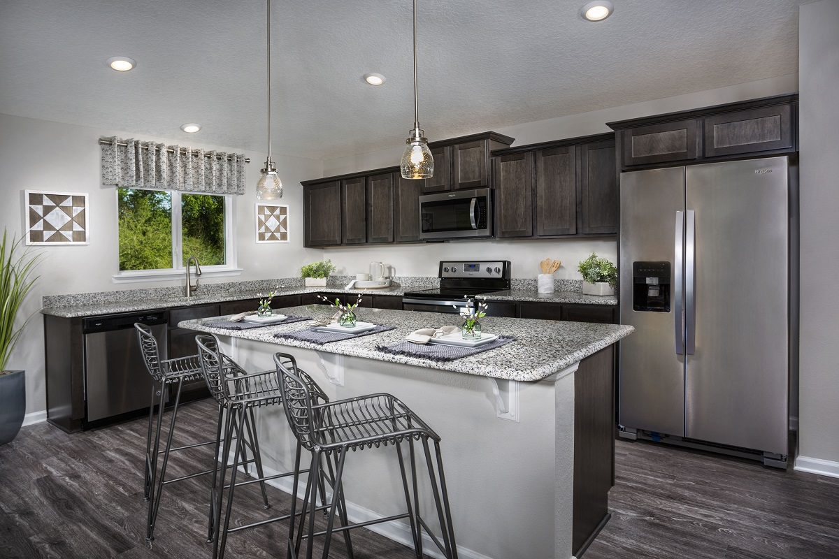 New Homes in Jacksonville, FL - Logan Pointe The Covington Kitchen