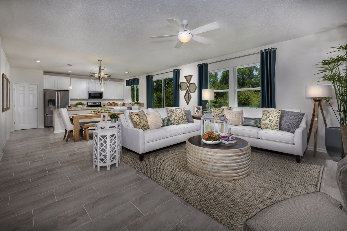 New Homes in Jacksonville, FL - Logan Pointe The Stewart Great Room