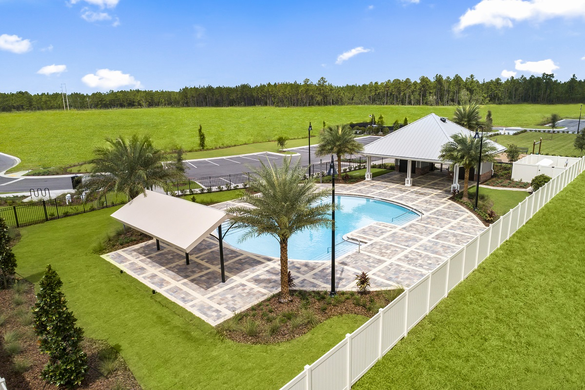 New Homes in Jacksonville, FL - Meadows at Oakleaf Townhomes Amenity Center Pool and Pavilion