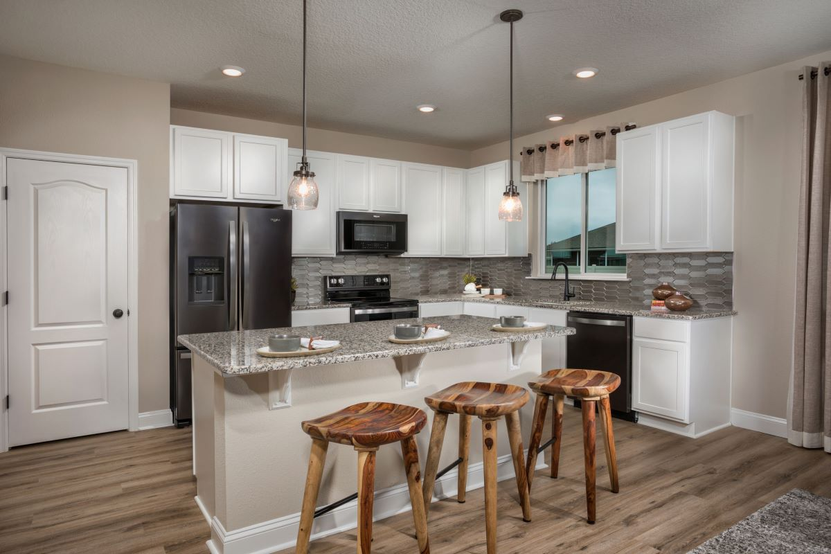 New Homes in Jacksonville, FL - Sandler Lakes The Sullivan Kitchen