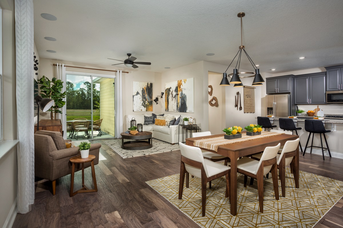 New Homes in Jacksonville, FL - The Preserve at Wells Creek - Classic Series The Darby Great Room