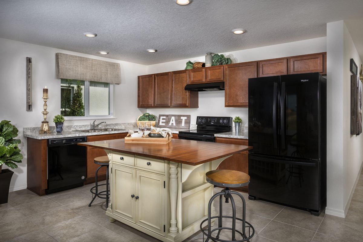 New Homes in Winter Haven, FL - Lake Lucerne 1707 Kitchen
