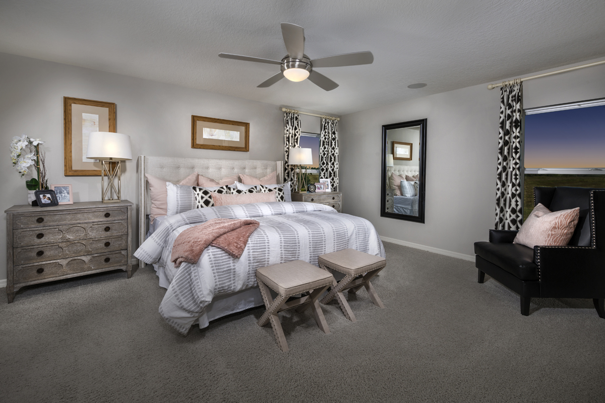 New Homes in Winter Haven, FL - Lake Lucerne 1989 Master Bedroom