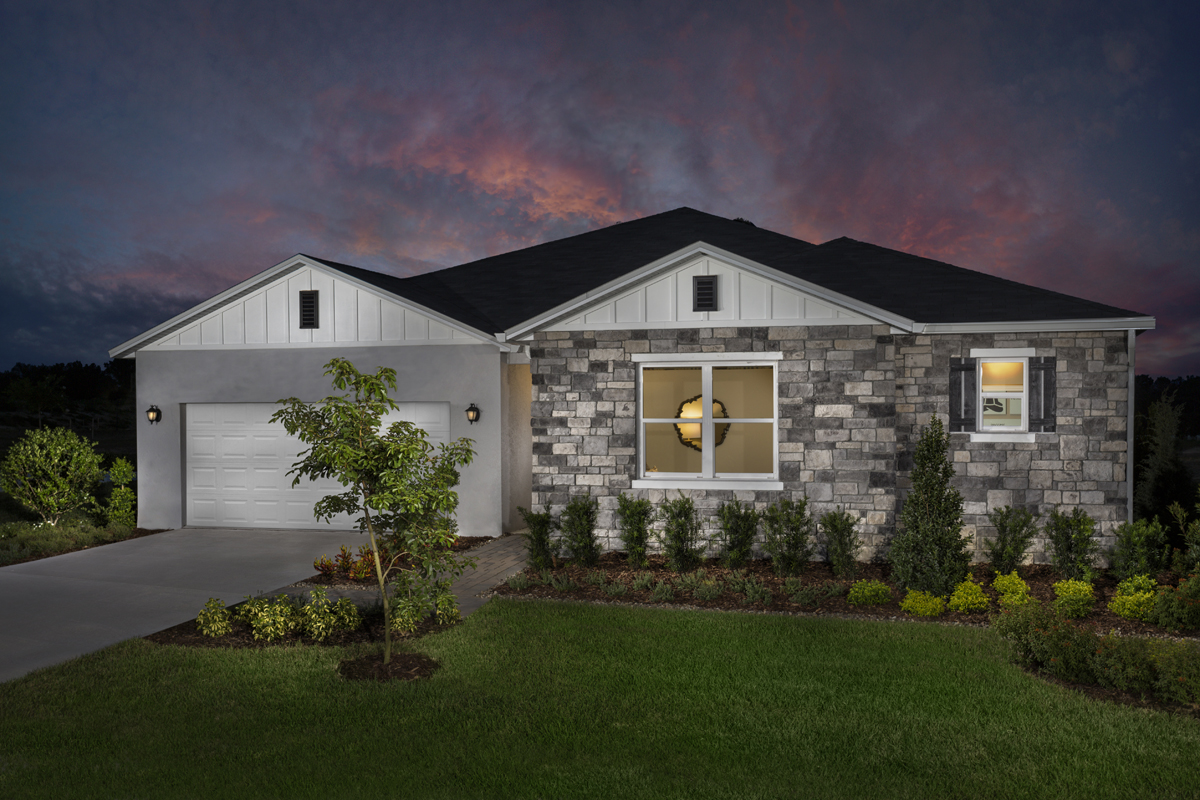 New Homes in Clermont, FL - Lake Minneola Landings 2342 as modeled at Carriage Hill