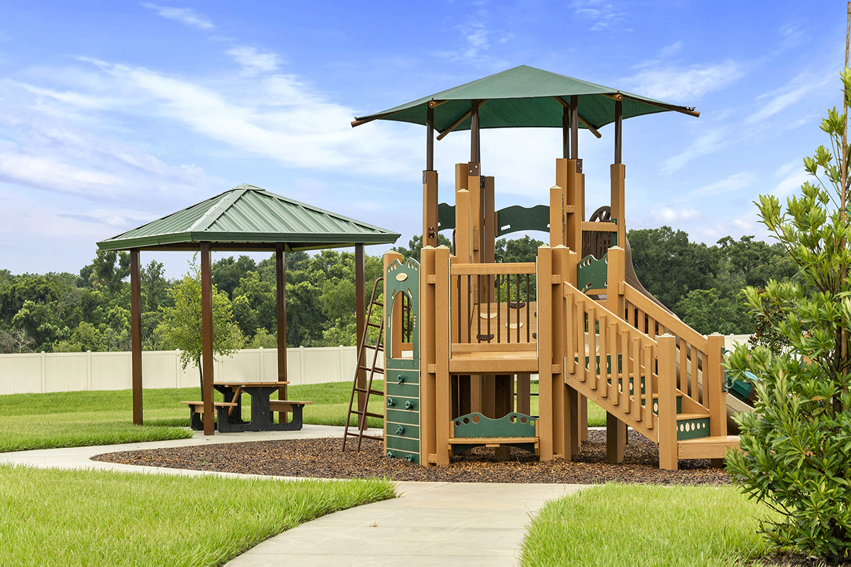 New Homes in Apopka, FL - Carriage Hill Community Pavilion & Tot Lot