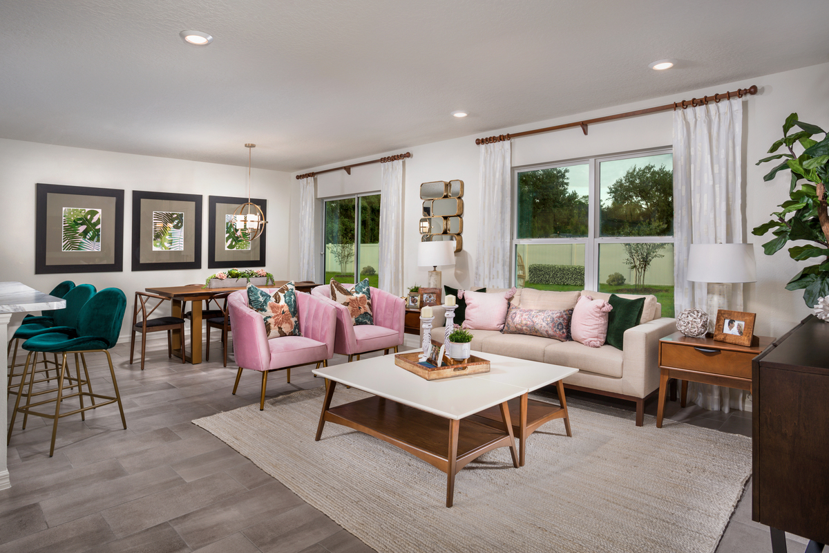 New Homes in Kissimmee, FL - Casa Bella Plan 1541 Great Room