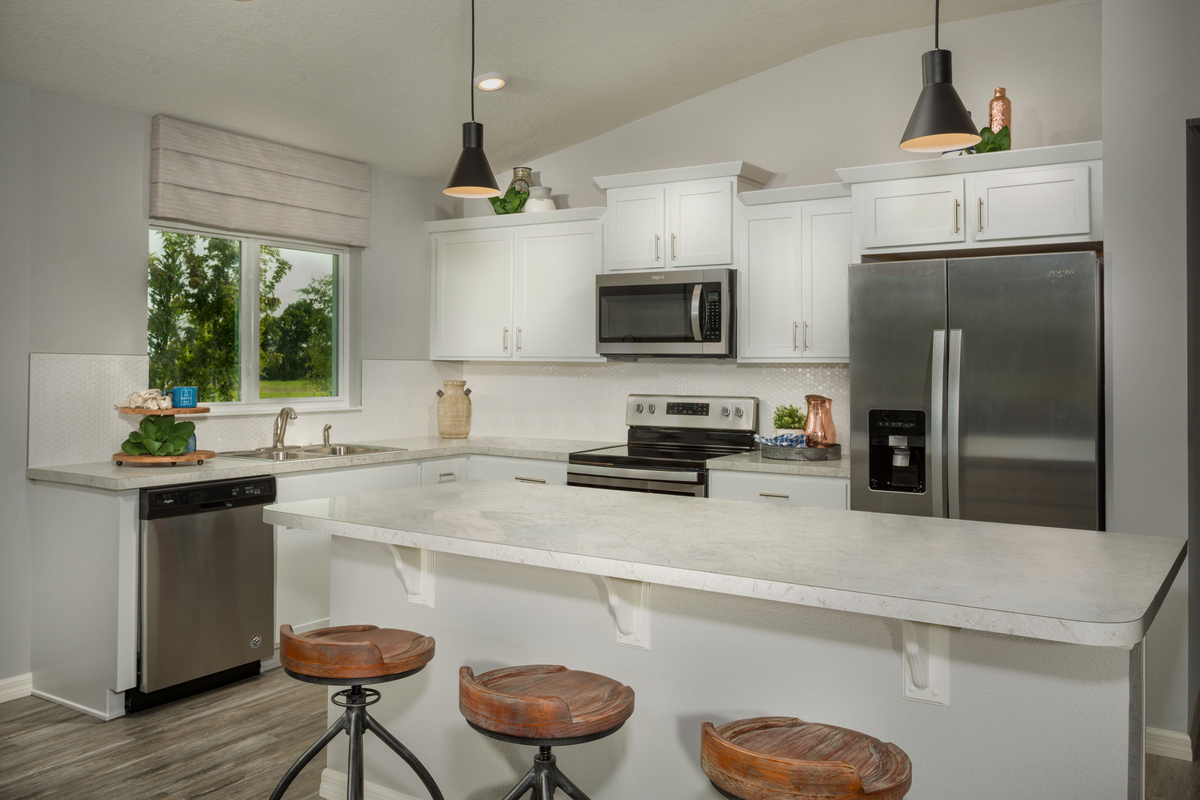 New Homes in Kissimmee, FL - Eagle Hammock 1541 Kitchen