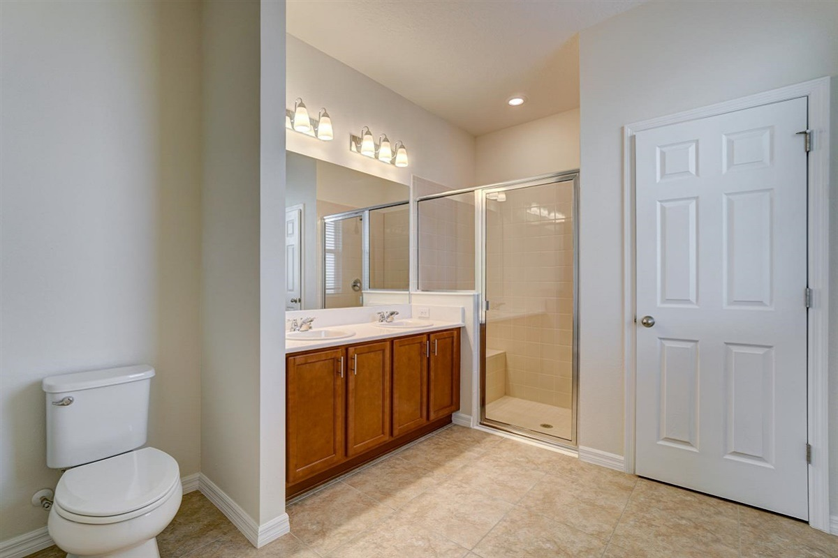 Homesite #130-1 Master Bathroom