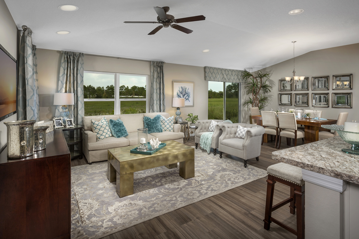 New Homes in Port St. Lucie, FL - Pine Trace The 1717 Great Room
