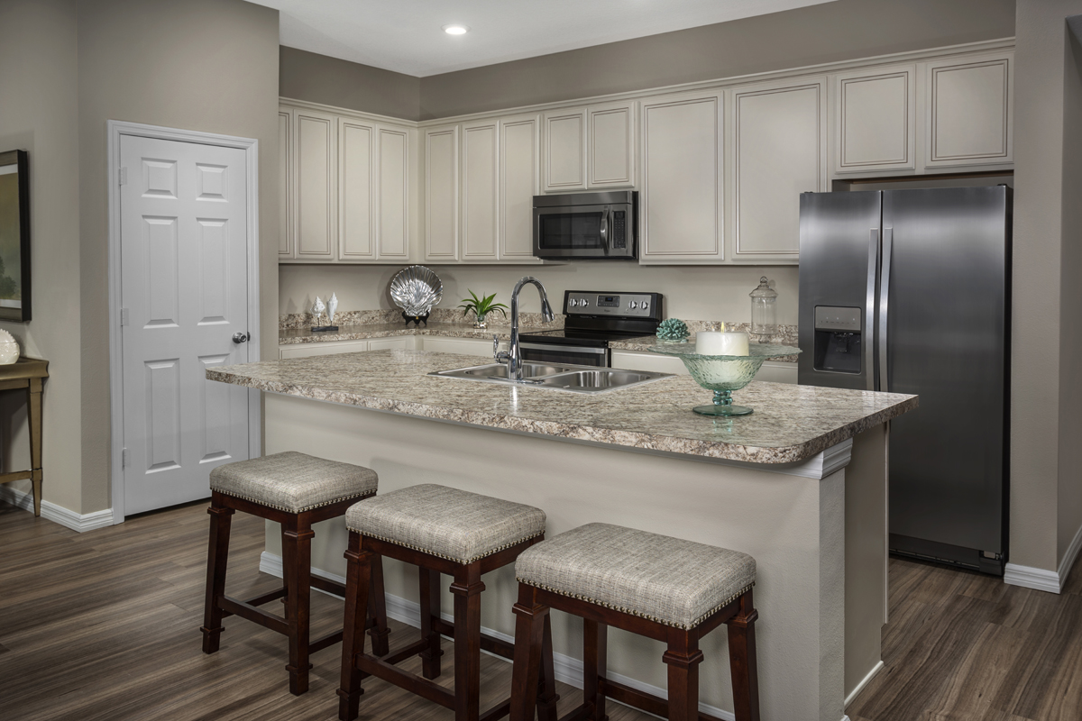 New Homes in Port St. Lucie, FL - Pine Trace The 1717 Kitchen