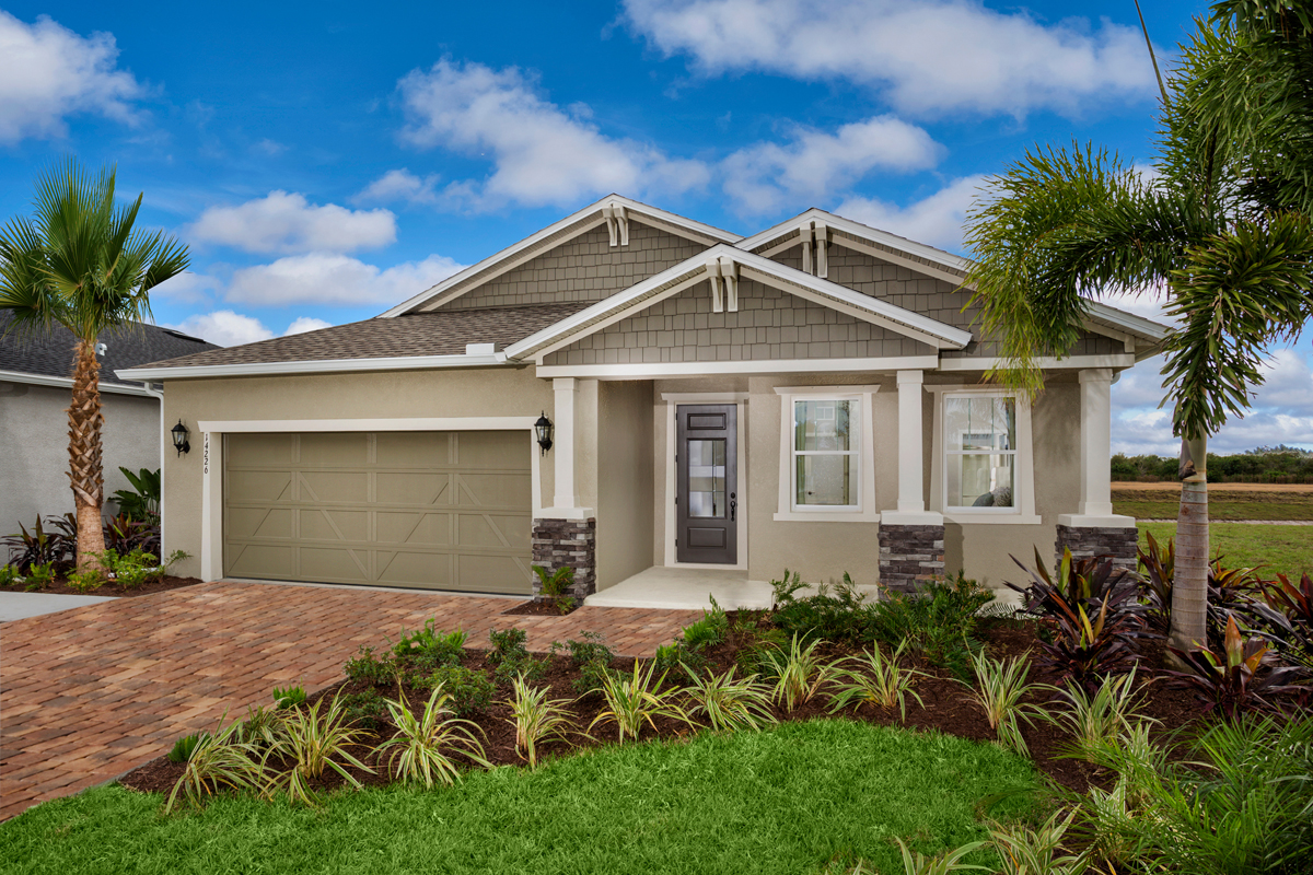 New Homes in Bradenton, FL - Plan 2333 Modeled
