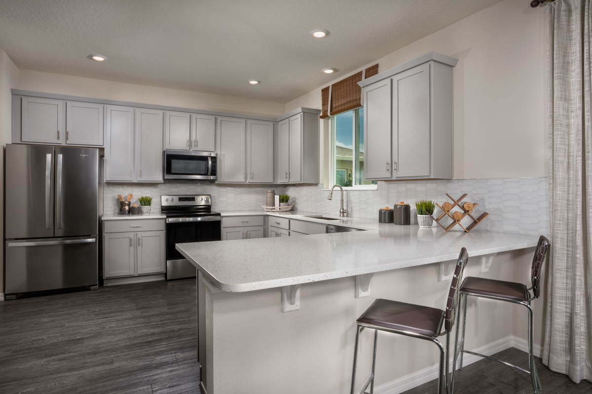 New Homes in Parrish, FL - Brightwood at North River Ranch Plan 2107 Kitchen