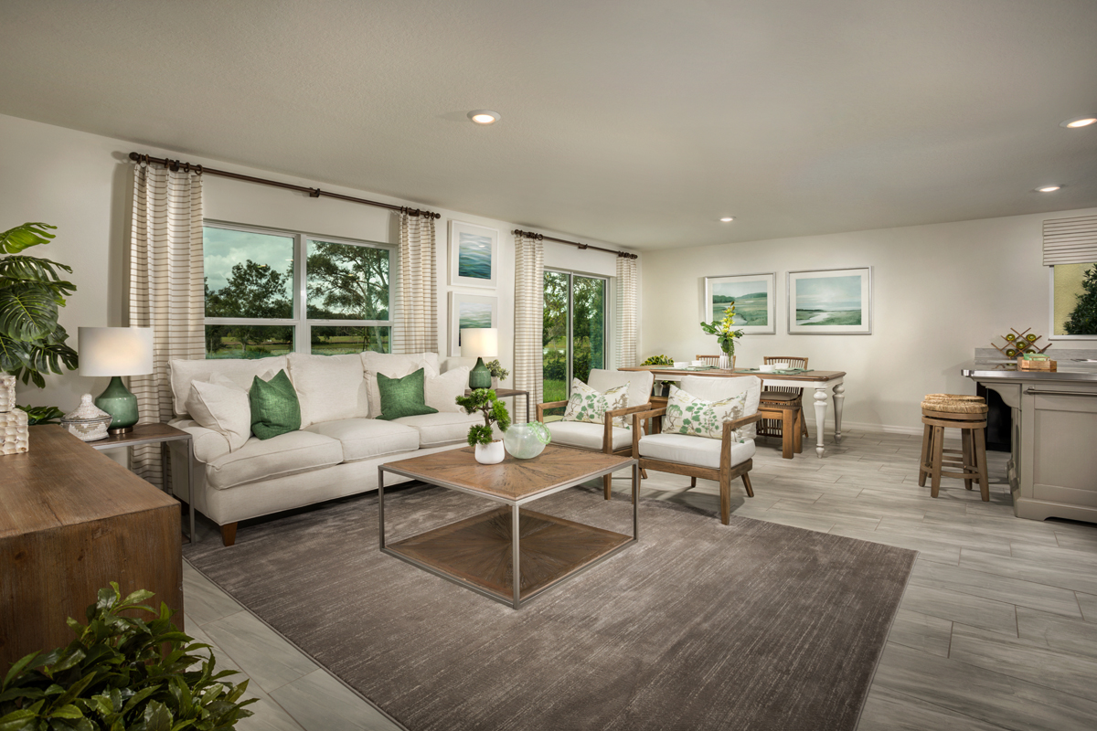 New Homes in Hudson, FL - Legends Pointe Plan 1541 - Great Room