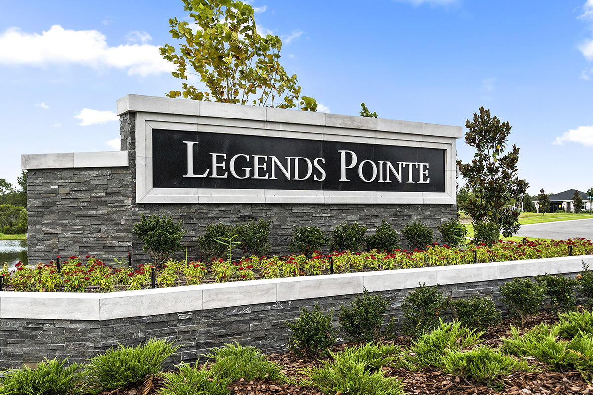 New Homes in Hudson, FL - Legends Pointe Entry Monument