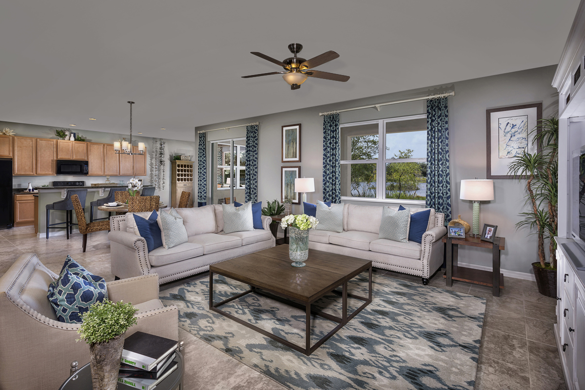New Homes in Riverview, FL - Medford Lakes II Plan 2550 Great Room and Kitchen