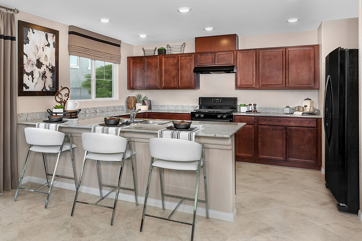 New Homes in Henderson, NV - Gardens at Inspirada Plan 1674 Kitchen