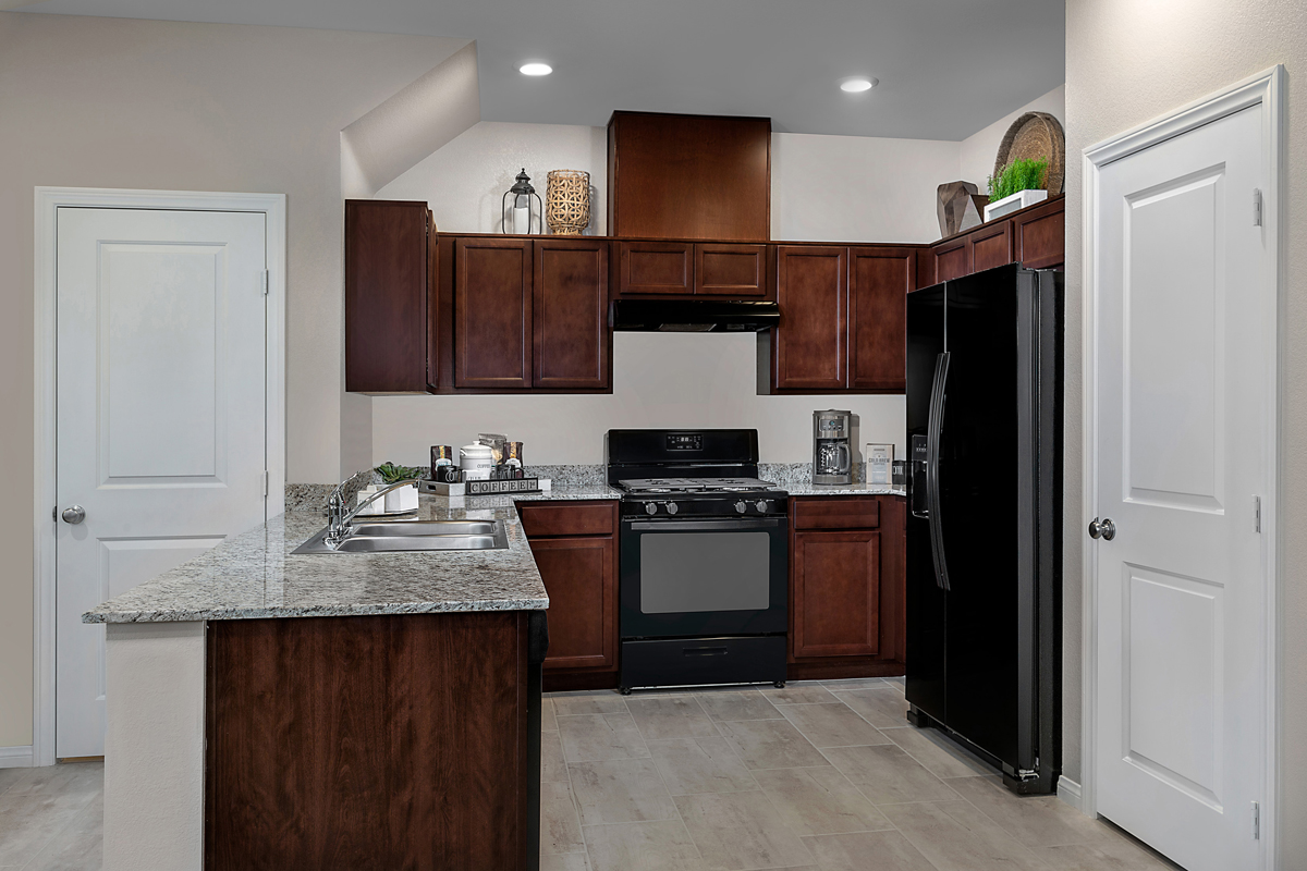 New Homes in Henderson, NV - Groves at Inspirada Plan 1366 Kitchen