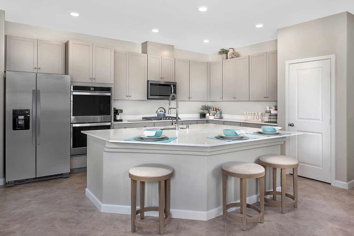 New Homes in North Las Vegas, NV - Groves at Saddlebrook Plan 1736 Kitchen