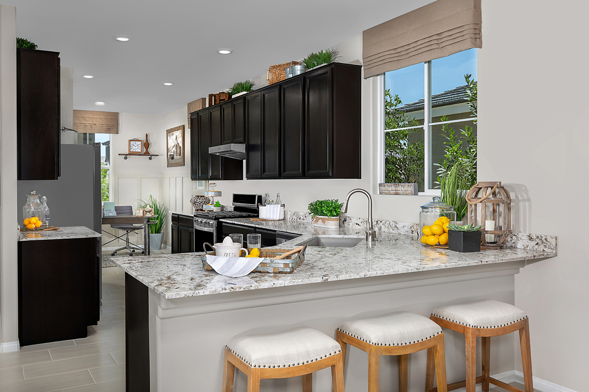 New Homes in Henderson, NV - Reserves at Inspirada Plan 1589 Kitchen