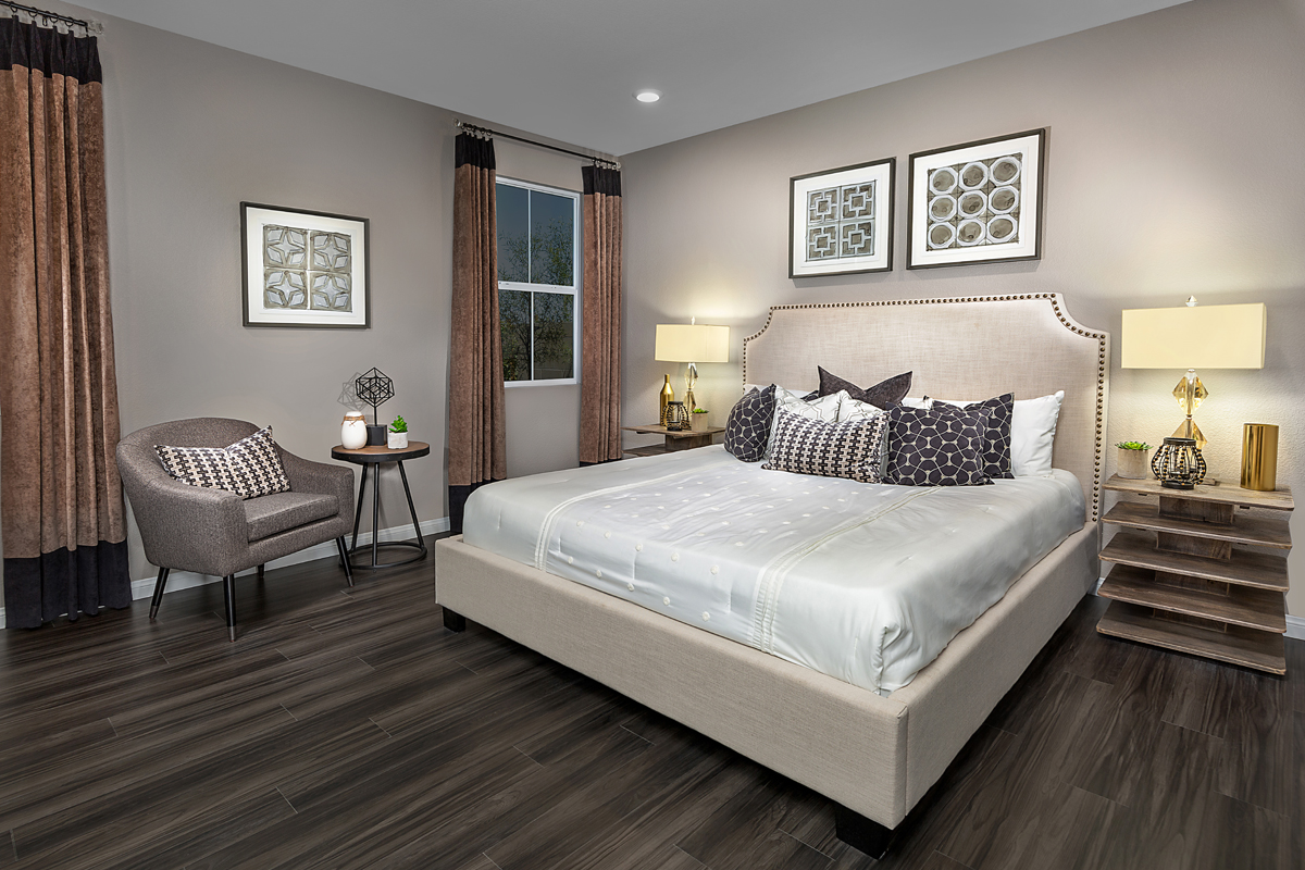 New Homes in Henderson, NV - Reserves at Inspirada Plan 2993 Master Bedroom